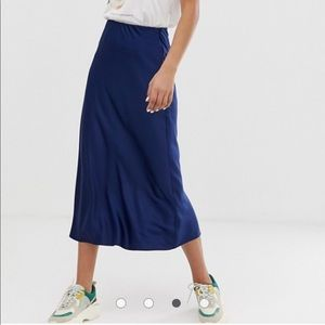 NWT ASOS satin midi skirt navy